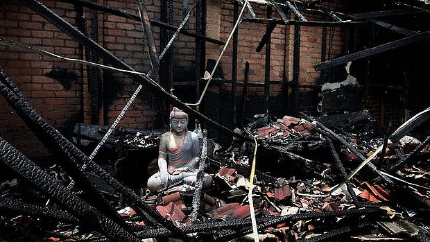 Buddha Image Survives Fire